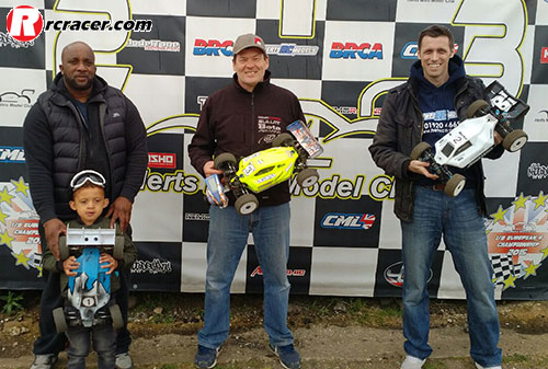 HNMC R2 e buggy Thompson and Hart Take HNMC Wins